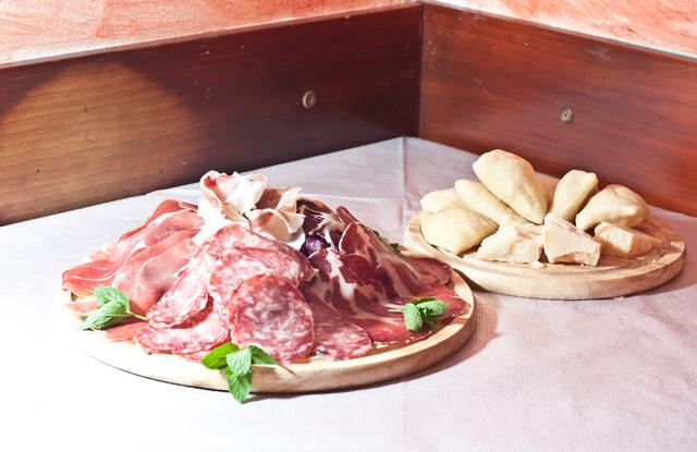 Ai Tre Gradini - Gnocco fritto e salumi